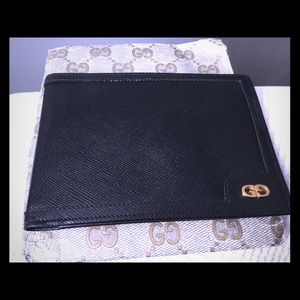 Gucci wallet ( Men's)